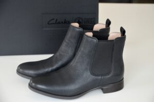 new in: chelsea boots