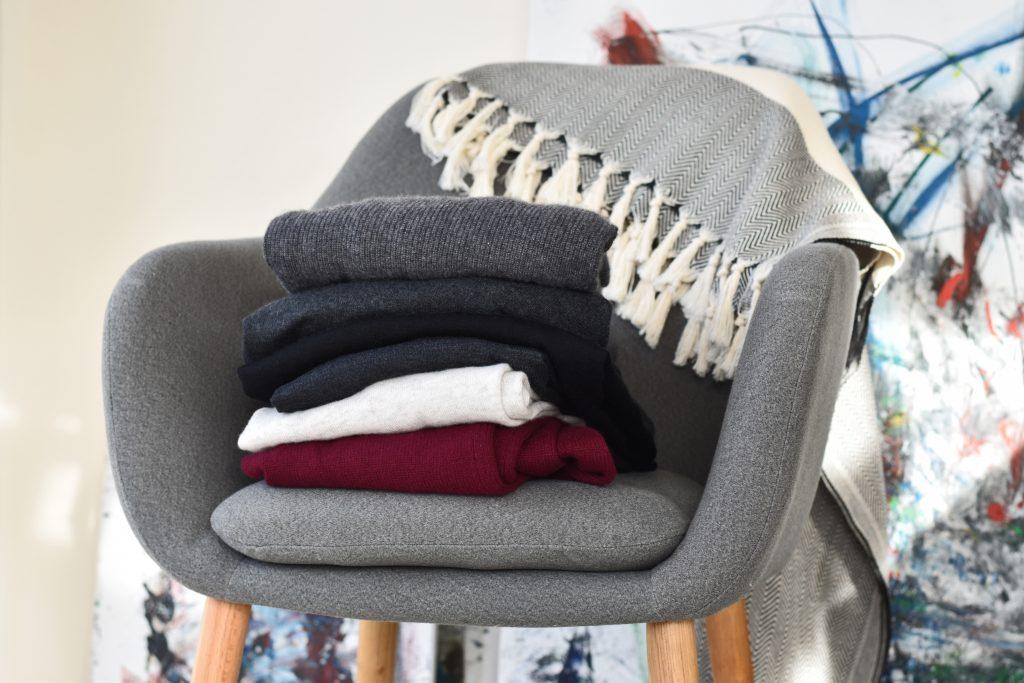 die richtige pflege von kaschmir waschen aufbewahrung. Black Bedroom Furniture Sets. Home Design Ideas