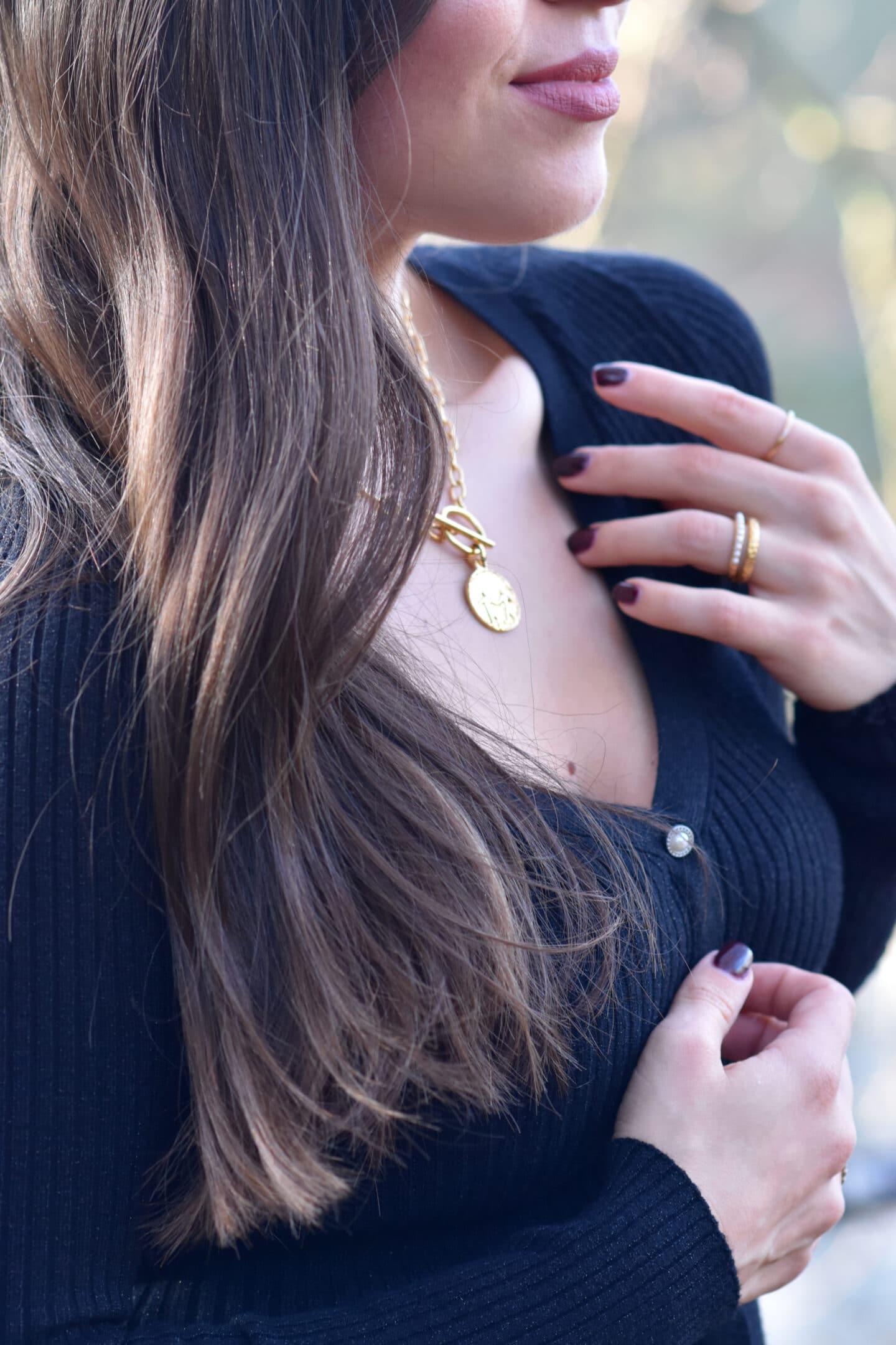 Goldene Details Safira