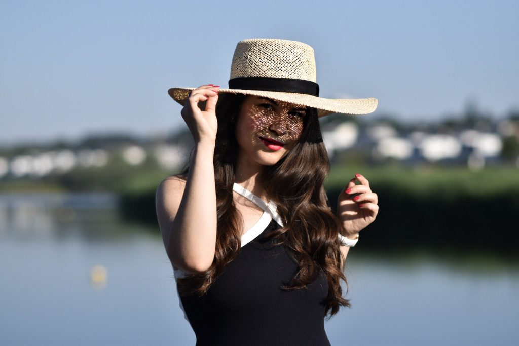 Bikini Trends 2021 - Badeanzüge, gesmokte Details & Cut Out Details