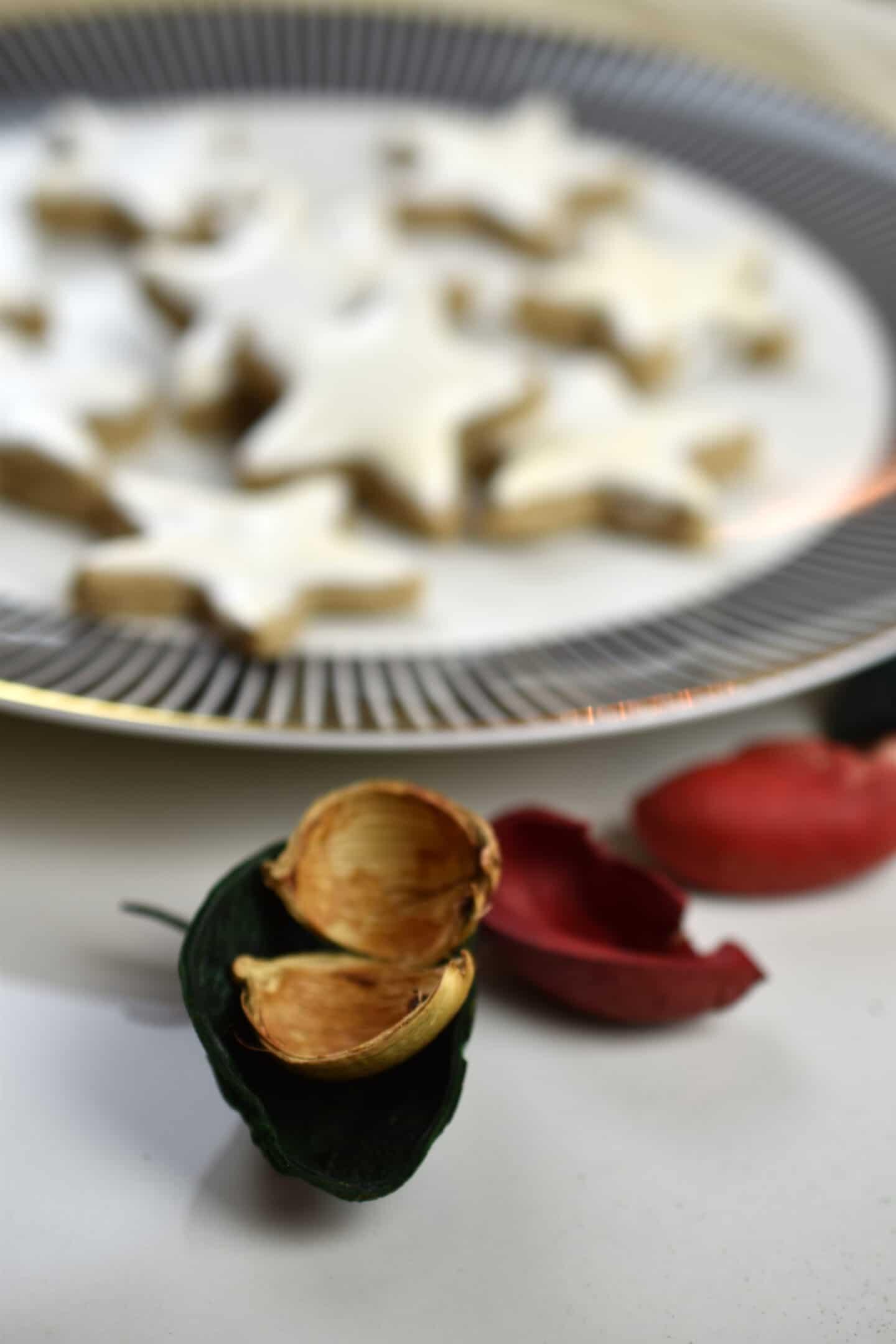 Zimtsterne - der weihnachtliche Klassiker ganz kalorienarm, einfach & lecker