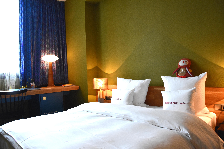 25hours Hotel Frankfurt Am Main Zimmer West Amour De Soi By Tina