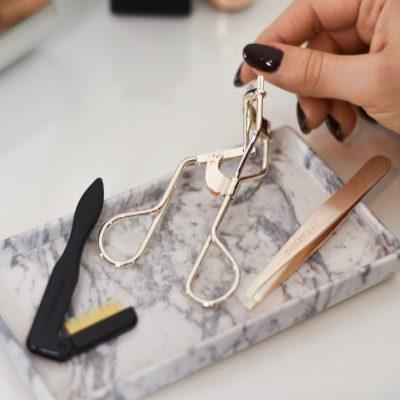 Schöne Wimpern – Tipps & Tools für den perfekten Wimpernaufschlag