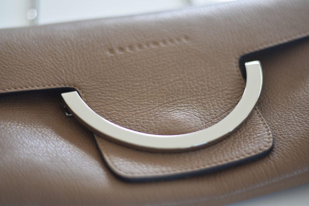 Details Coccinelle Pochette