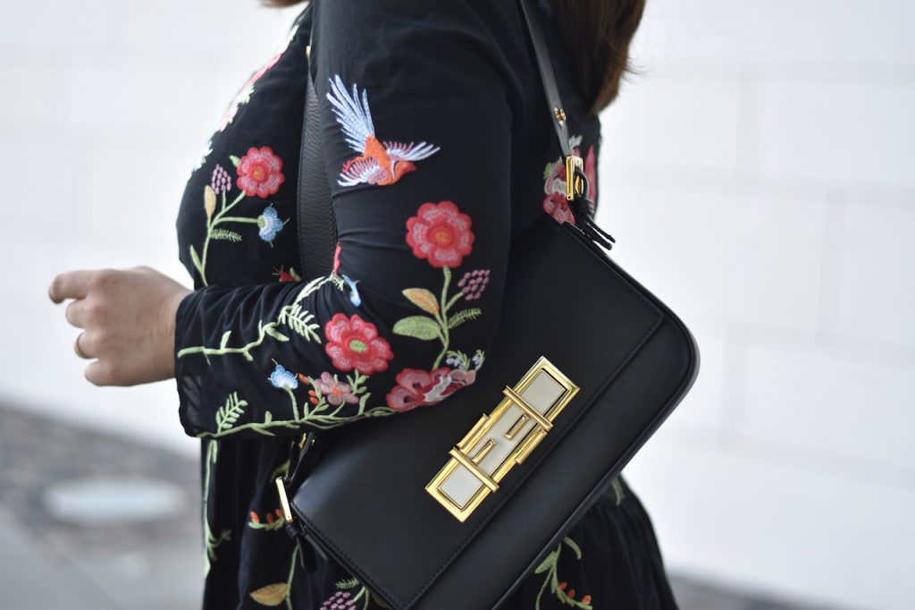 Fendi 3 Baguette Bag mit Zara Blumen Kleid