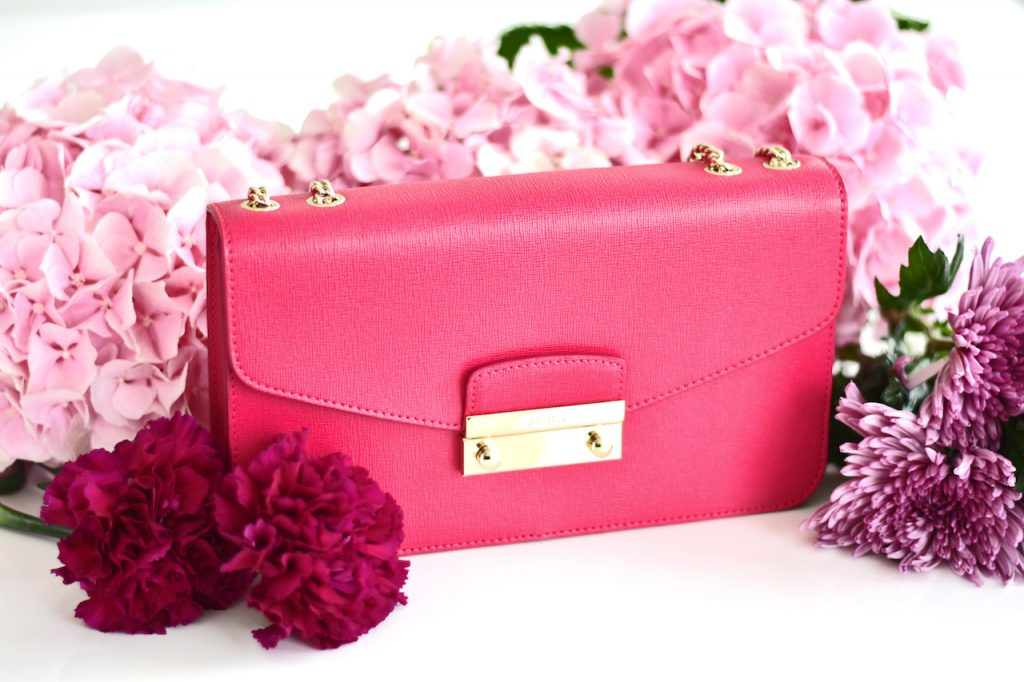 furla-julia-gloss-pink-chain-crossbody