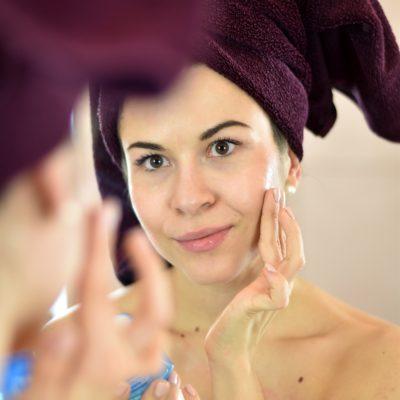 Gesichtspflegeroutine mit Bioderma Hydrabio für trockene Haut