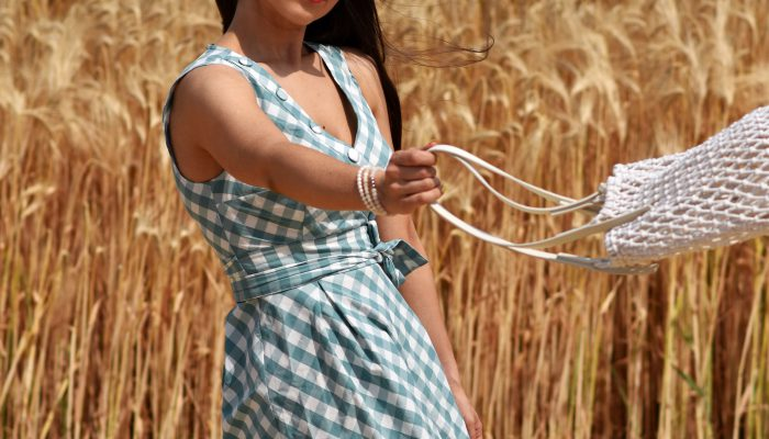 Summerfeeling mit 50ties Kleid, Haarband und Cat Eye Sunnies