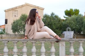 Nude is the new Black – sanftes Nude im Sommerlook
