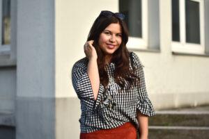 Outfit: ein erster Herbstlook mit Vichy Karo und Wildleder