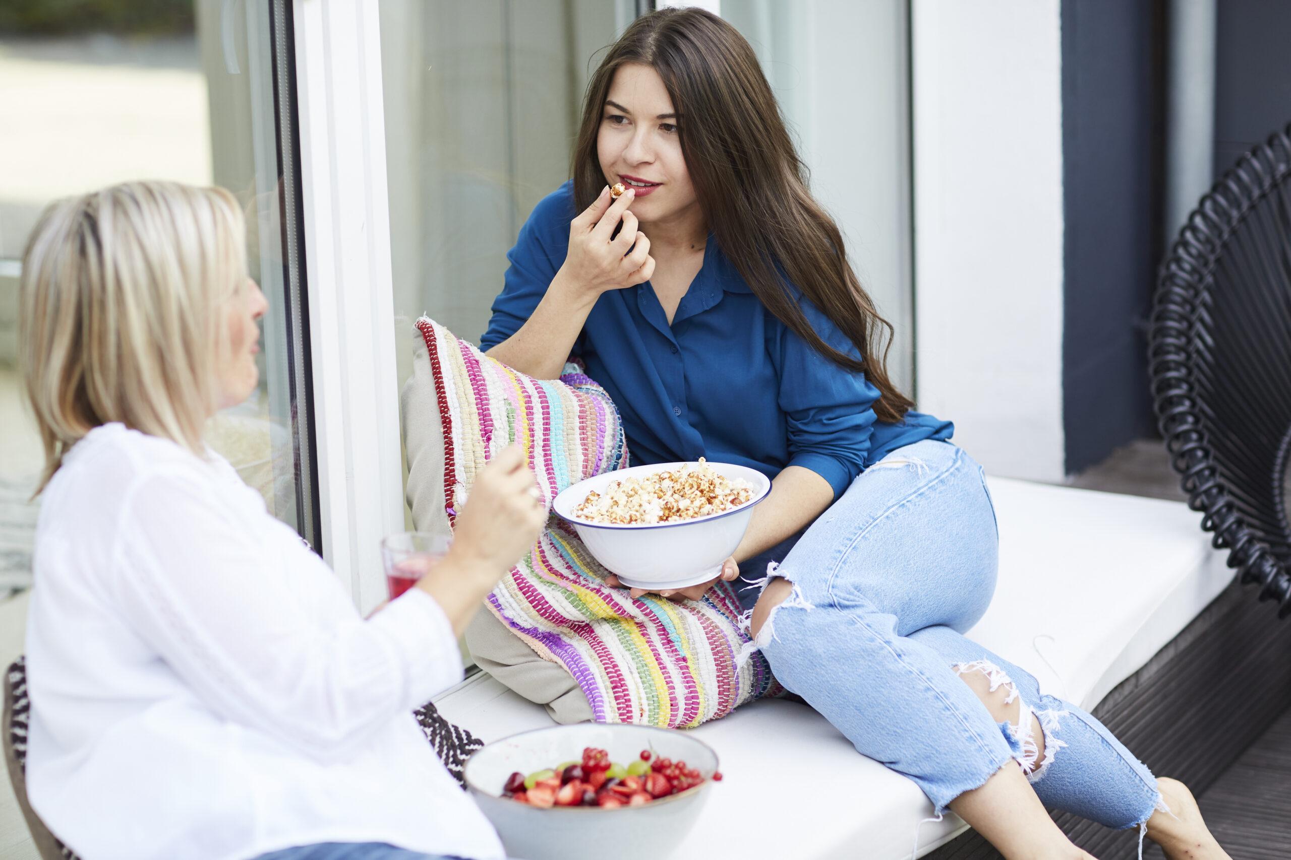 Auswärts Essen bei Freunden während der Abnahme