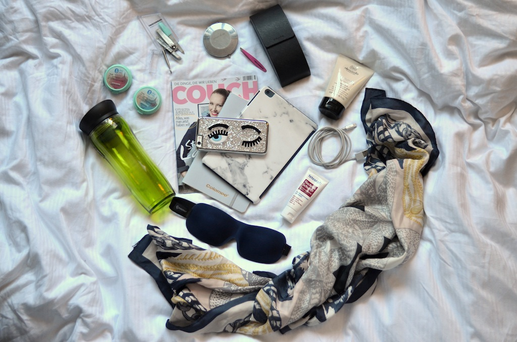 Travel Essentials – what's in my bag?
